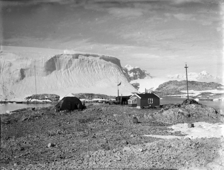 Base F, Argentine Islands, 1949. (Photographer: Robert Moss; Archives ref: AD6/19/2/BM132)