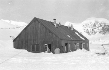 Base hut at Danco Island, 1957-8. (Photographer: Richard Foster; Archives ref: AD6/19/2/O3/1)