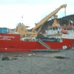 RRS Ernest Shackleton main cargo crane