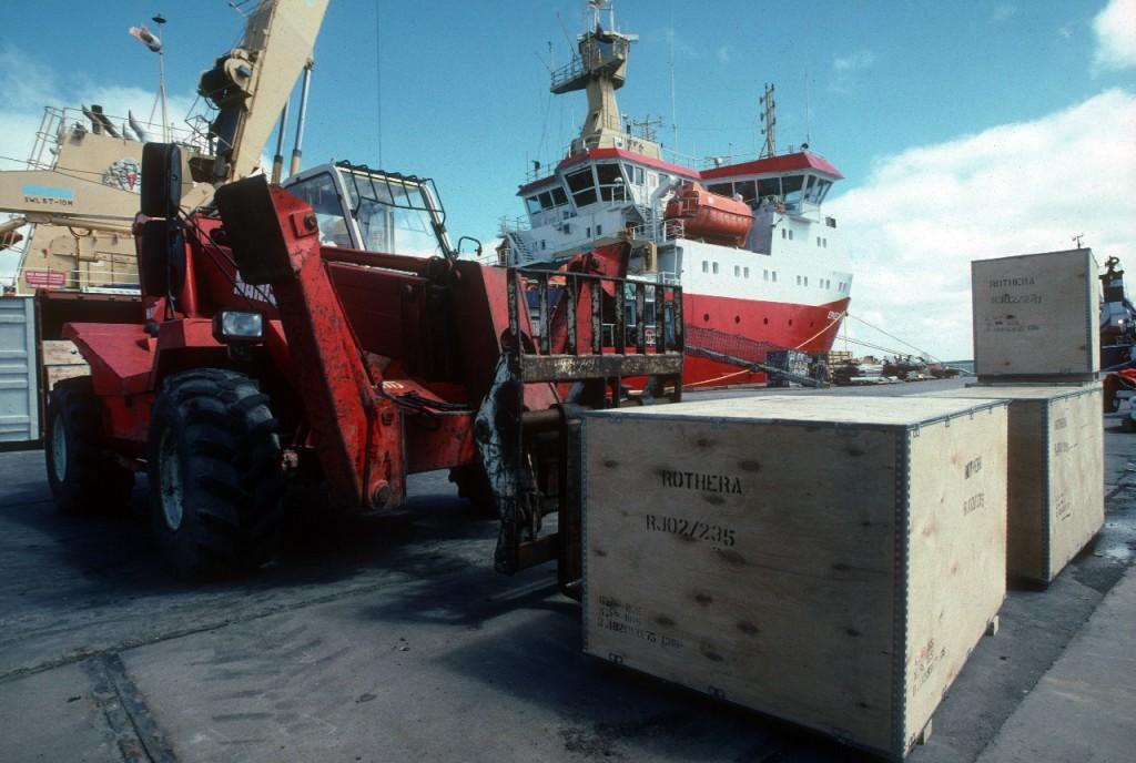 Cargo Work & Sun Dip