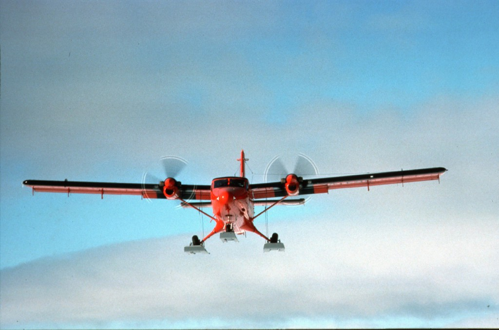 BAS Twin Otter coming into land at a remote field camp