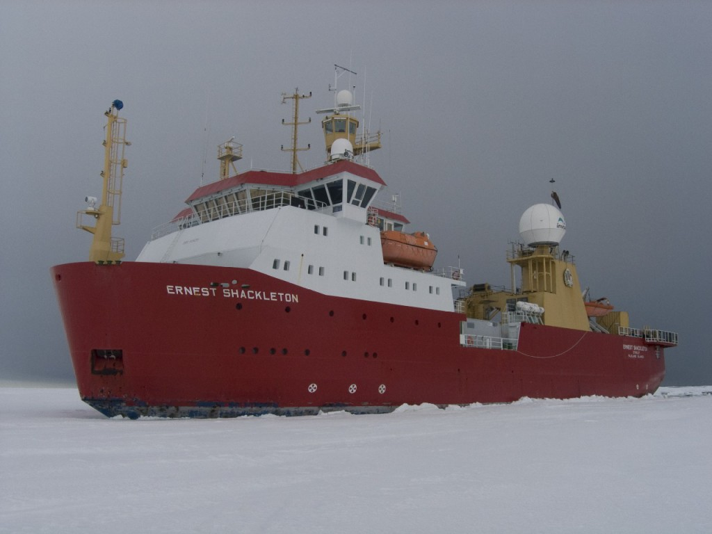 In the ice - The Shackleton at Home