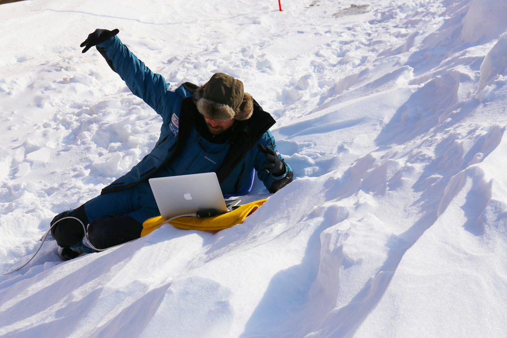 Digital Explorer's Jamie Buchanan-Dunlop delivers a Skype lesson on the Arctic ice in 2014 (Photo: Digital Explorer)