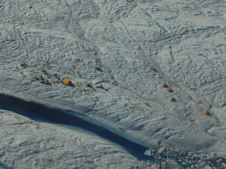 Camp site on Petermann Ice Shelf from the air (Mike Brian)