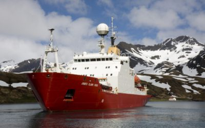 RSS James Clark Ross leaving the wharf at the research station at King Edward Point after first call.