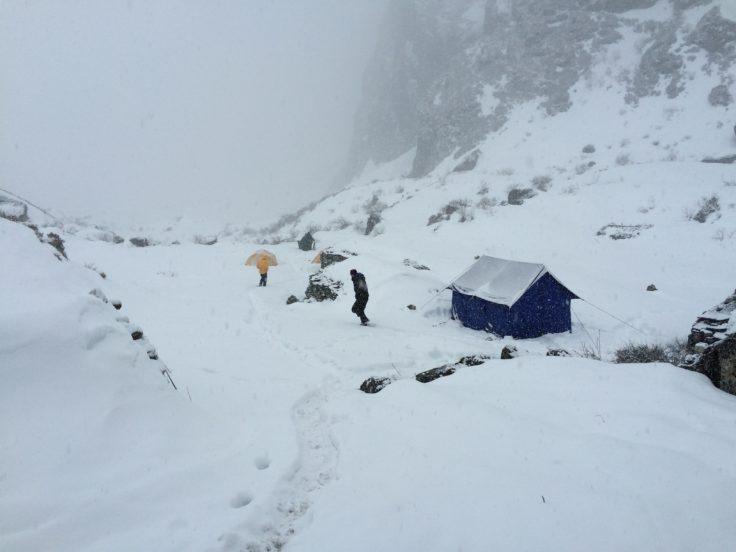 Lirung Glacier Base Camp (4200 m).