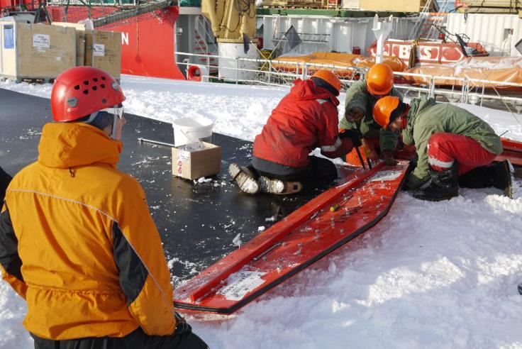 Preparing plastic sledge system for tractor train