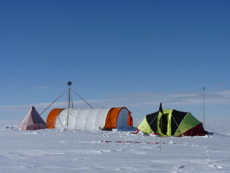 Bryan coast ice core drilling 2010