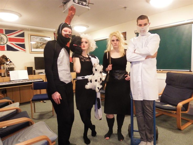 Halowe'en movie night: Feathers McGraw, Cruella deVille, Bellatrix Lestrange and Hannibal Lector (Lucy Quinn)