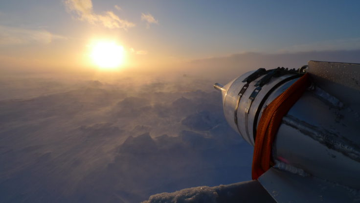"""Snow trap in storm: catching blowing snow using a """"rocket trap"""" pointing into the storm (Markus Frey)"""