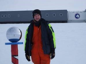 south pole with Tom Jordan