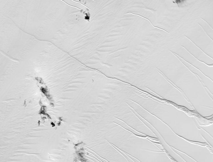 Crack in Larsen C ice shelf 2017